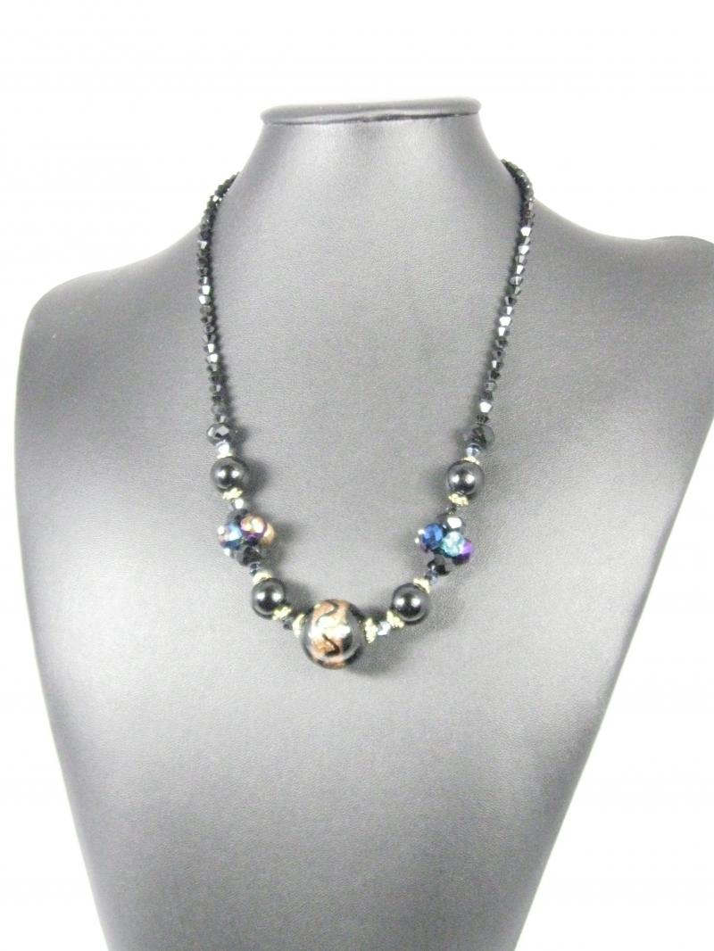 Beautiful Shiny Glass necklace Bursting with Colours