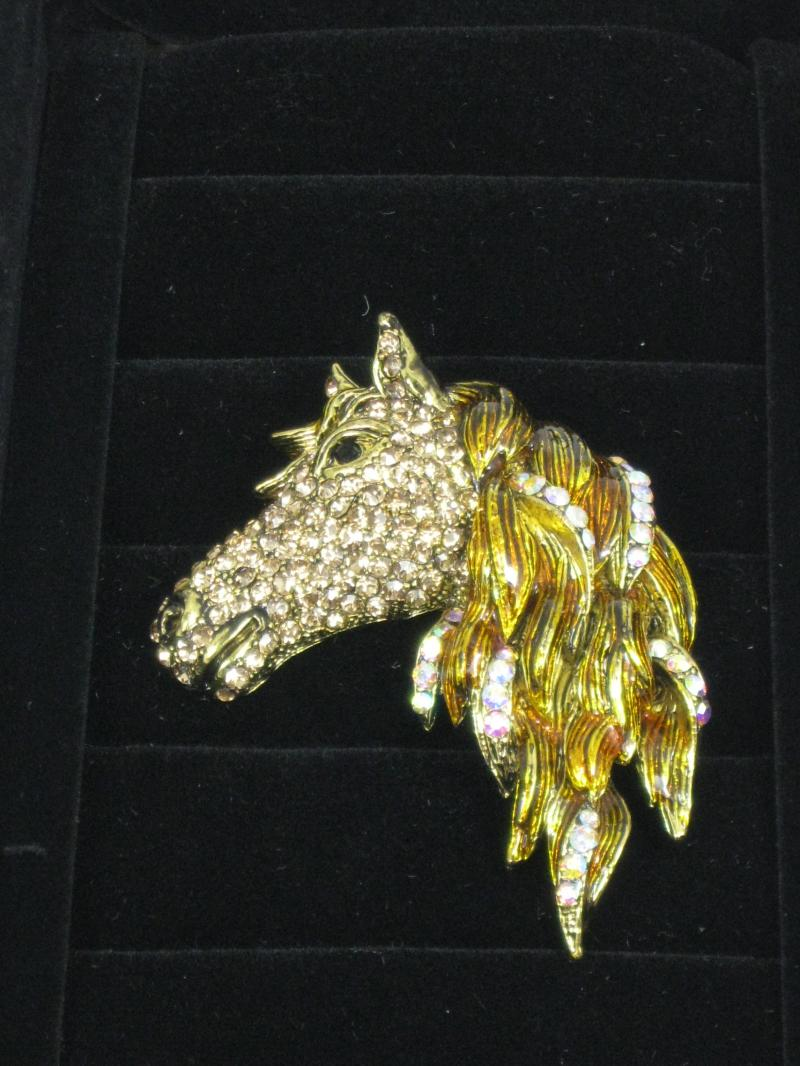 Fabulous Horse's Head Brooch with long Flowing Mane