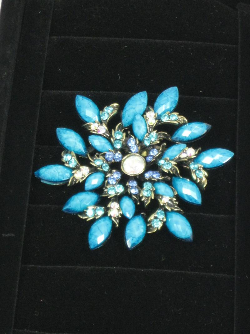 Large Vibrant Turquoise and Diamante Brooch