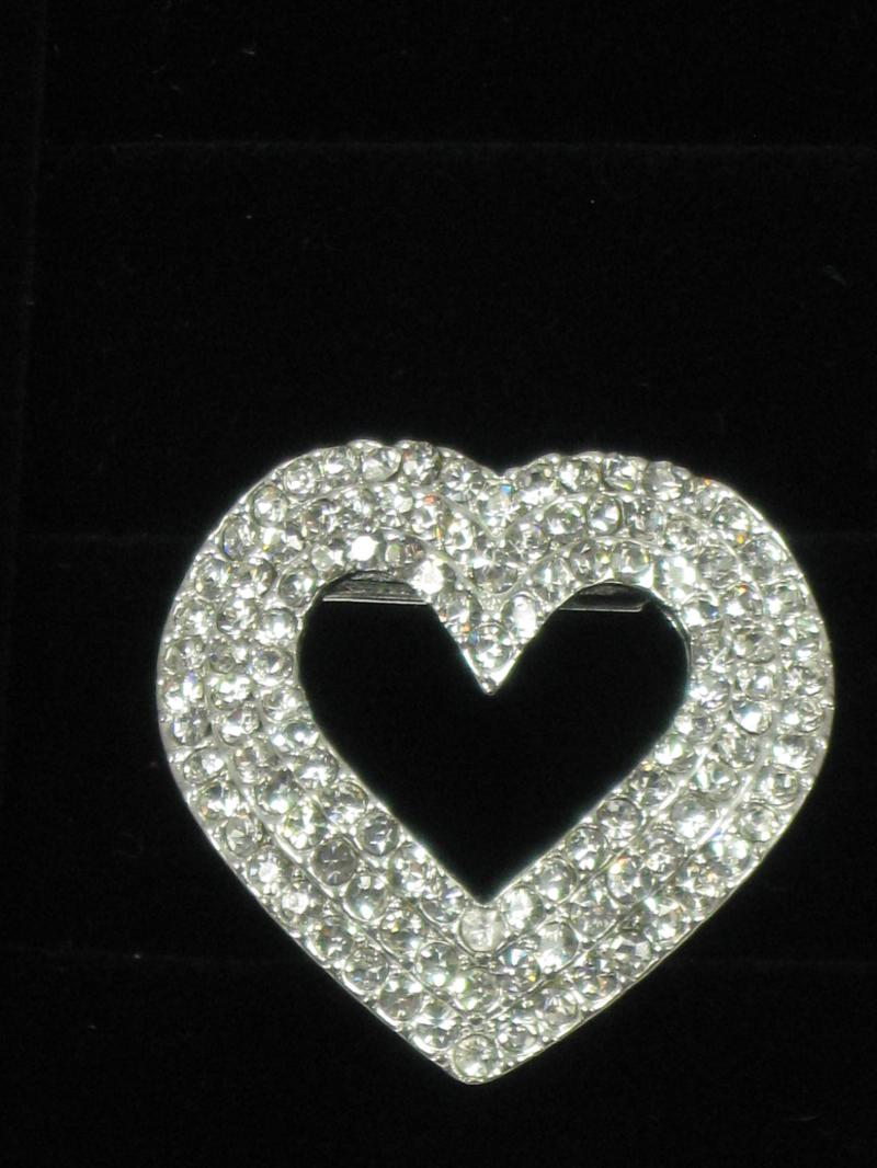 Lovely Diamante Heart Scarf Clip and Brooch with an Easy to Wear Clip