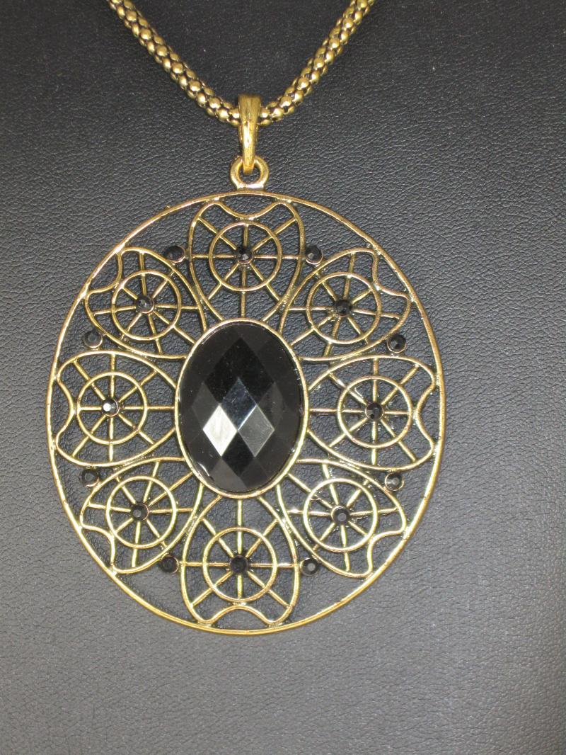Stylish Gold Coloured Necklace with Filigree Pendant and Black Glass