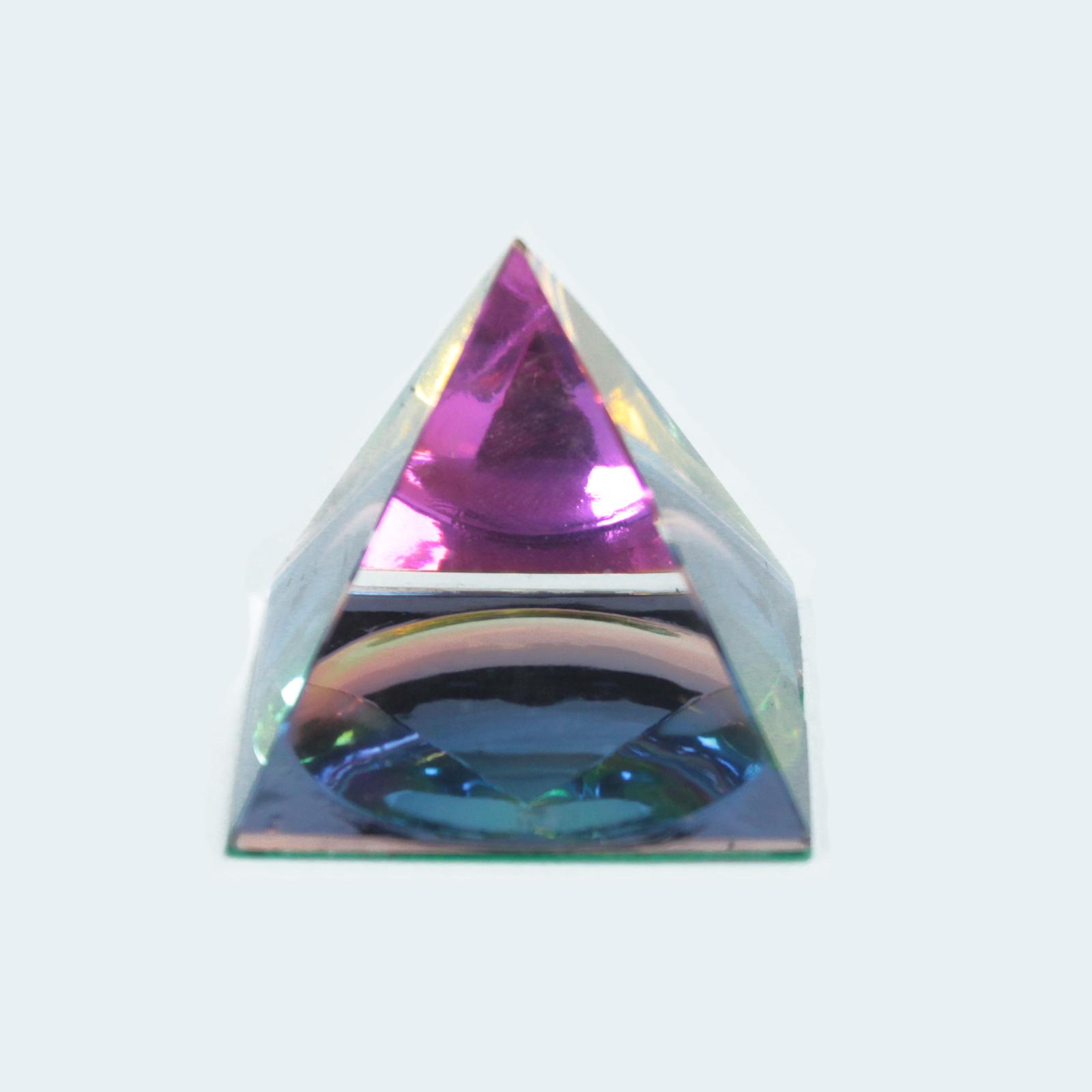 Mystic Pyramid 40 mm