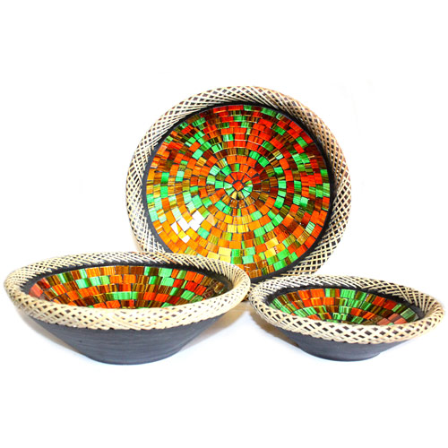 1x Set of Three Rattan Mosaic Bowls - Ruby Dusk